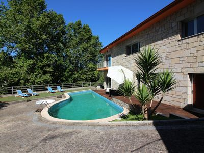 Photo for Casa de Paredes Secas - House for 6 people in Amares