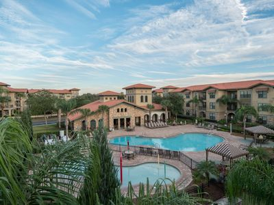 Welcome to this beautiful condo in Bella Piazza! Resort Pool, near Disney