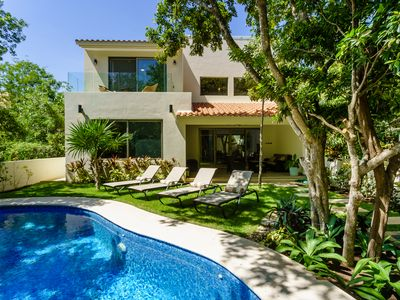 Photo for A gorgeous brand new private home, private pool, on golf course