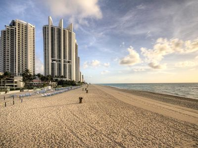 Photo for Ocean Reserve 1001 - Condo 4 people, Sunny Isles