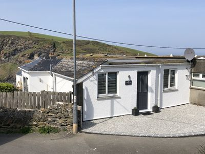 Photo for The Lobster Pot, Port Isaac - with parking & sea glimpse - 200m from harbour