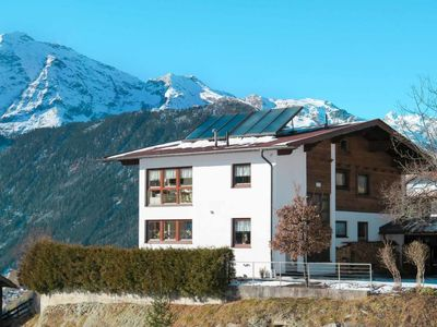Photo for Apartment Haus Panorama (NIT170) in Umhausen - 8 persons, 3 bedrooms