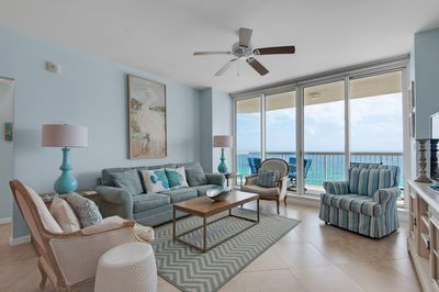 Groovy Two Oceanfront Master Bedrooms Newly Updated Coastal Theme Free Beach Service Destin Download Free Architecture Designs Scobabritishbridgeorg