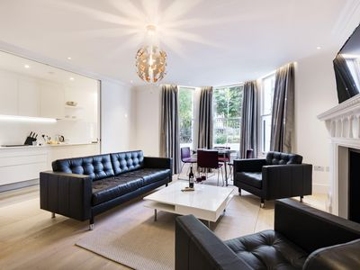 Photo for Canning Passage apartment in Kensington & Chelsea with WiFi.