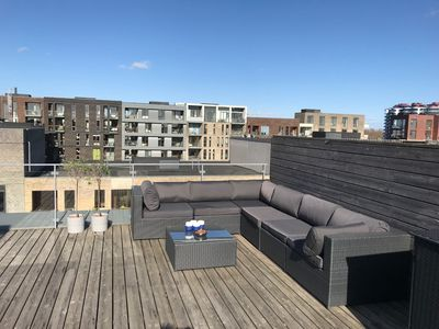 Photo for 2 bedroom modern apartment with private roof terrace
