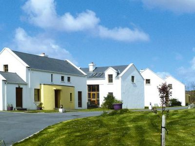 Photo for Cottages in Achill Sound, Achill Island  in Mayo - 6 persons, 3 bedrooms