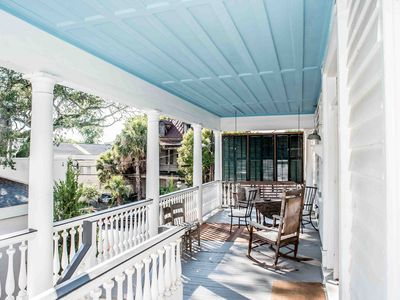 Photo for Spacious Compound with Porches! 101