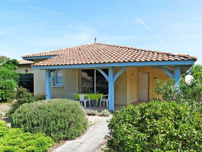 Photo for Vacation home Val de Lamartine (MLP102) in Moliets - 6 persons, 2 bedrooms
