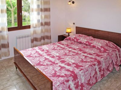 Photo for 3 bedroom Apartment, sleeps 6 in Morta with Air Con and WiFi
