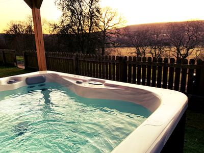 Photo for Beautiful countryside bungalow with hot tub