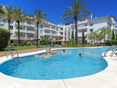 Photo for Very comfortable apartment, Close to Puerto Banus and Beach