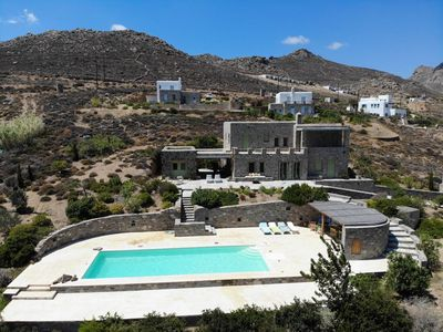 Photo for Spacious 7 bdrm Stone Villa with Pool