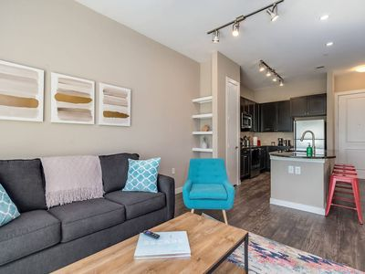 Photo for Upscale 1-Bedroom in Uptown - Business Ready