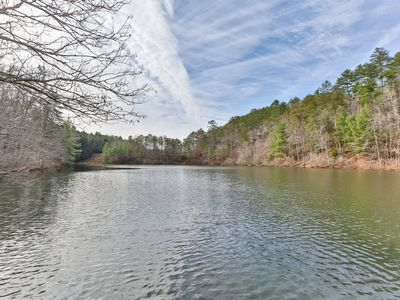 Photo for On Lake Time is a well suited couple`s retreat with impressive lake and mountain views. Non pet-frie