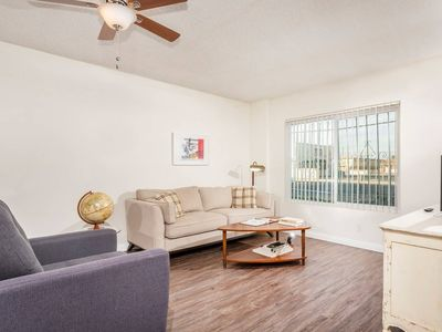 Photo for Beautiful 2b Apt Located In The Heart Of Hawthorne