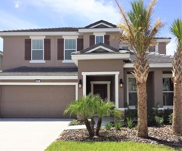 Photo for 5 Bed (4 Bath), New Vacation Home w/pool & games room, nr Disney Parks and Golf