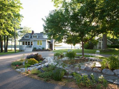 Photo for Lakeside Tranquility in the heart of Lake Country