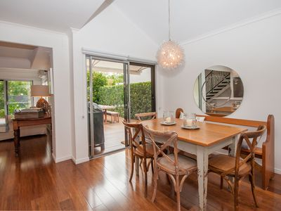 Photo for Great location, only 500m to Noosa River & 15-20 mins easy walk to Hastings St