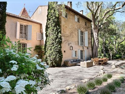 Photo for Authentic Bastide, 8km far from Saint-Rémy-de-Provence