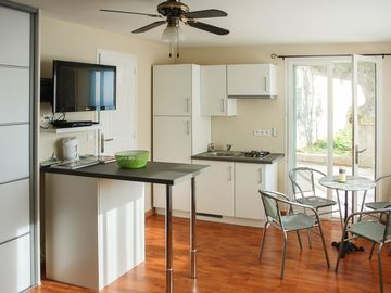 Search 3,214 holiday rentals