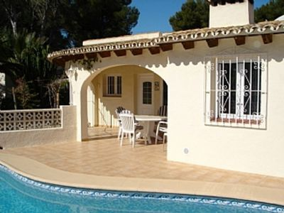 Photo for Lovely private villa with Swimming Pool near amenities and having A/C throughout