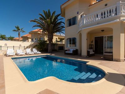 Photo for Parque Tropical 5 - Three Bed Villa