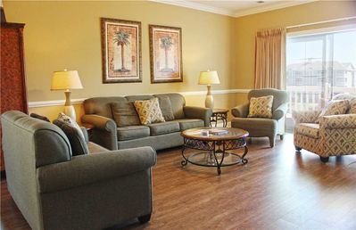 Photo for Charming Lake View Condo! New Flooring & Appliances!