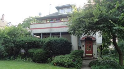Photo for Comfortable home in historic Oak Park- open For Thanksgiving and Christmas!!!