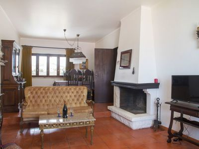Photo for Stunning private villa for 6 people with WIFI, TV, balcony and parking