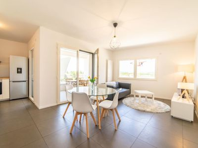 Photo for Beautiful apartment 3 rooms near the lake