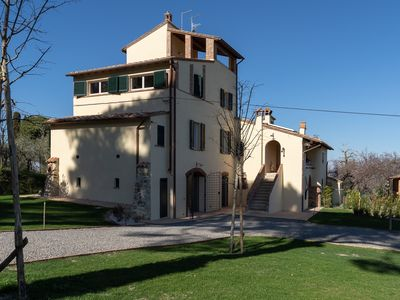 Photo for Residenza Beatrice - Charming accommodation for 6 people in a historic Tuscan farmhouse