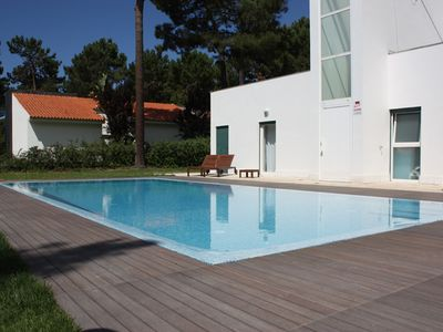 Photo for Quiet Golf condominium near the beach and 30 minutes from Lisbon - Free Wifi