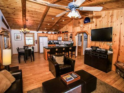 Photo for Four Seasons Summit Retreat Cozy 3 BR Ski/Hot Tub