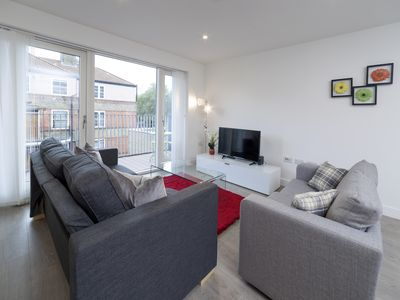 Photo for Attractive Exclusive - Tower Bridge Apartment