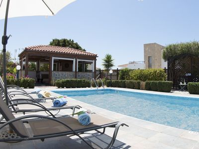 Photo for 3BR Villa Vacation Rental in Peyia