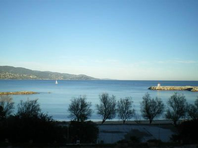 "Photo for Ideal location ""feet in the water"" - Le Lavandou"