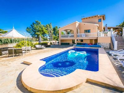 Photo for A beautiful villa in an unparalleled location less than 100 meters from the nearest amenities and of