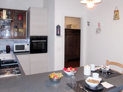Photo for Cosy apartment for 8 people with A/C, WIFI, TV and balcony