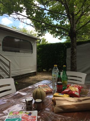 Photo for Pleasant mobilhome convenient access to the ocean and the Bassin d'Arcachon (Lege)