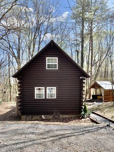 Photo for Newly remodeled log cabin near DeSoto State Park & Historic Downtown Mentone
