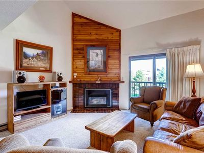 Photo for 3 Bedroom + Loft Condo w/Onsite Heated Pool, Hot Tubs & Tennis Courts!