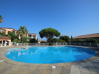 Photo for Residence with swimming pool, large private terrace in the heart of the village