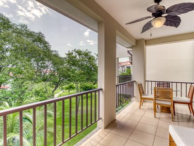Photo for Splendid condo with shared pool in Coco Beach
