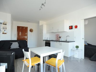 Photo for Very pretty quiet apartement with balcony in the center of Nice