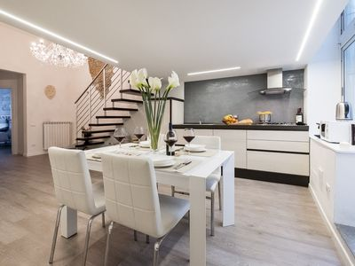 Luxury Apartment near Central Station, fully equipped with lift wi-fi and patio