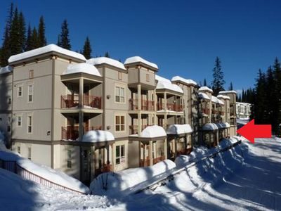 Photo for Ski in, Ski out from the front door. Discounted mid-week rate for Mon-Fri stays