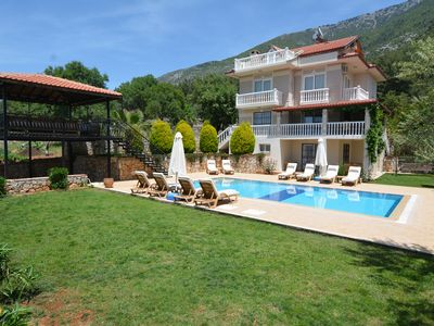 Photo for Luxurious Stunning Villa With Private Pool, Privacy Screen And Gardens