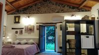 A really well kept, comfortable and tastefully furnished property. Silvia was the perfect hostess