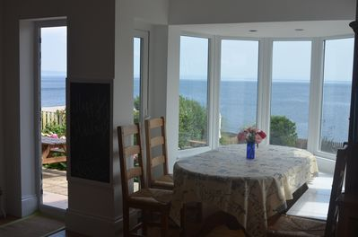 Seaside dining. Extra table for 10-12.