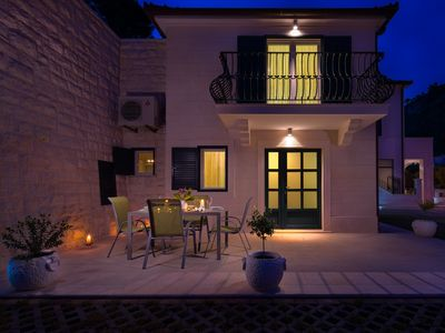 Photo for Modern holiday villa with a private pool in Hvar town center